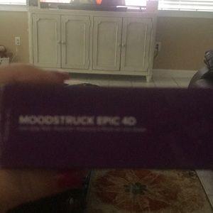 Younique Moodstruck Epic 4-D New mascara
